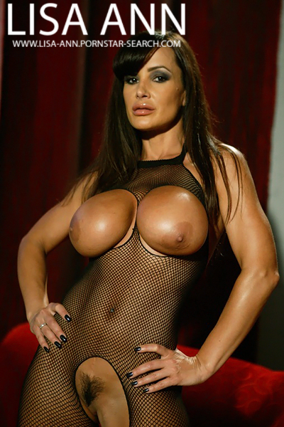 lisa ann busty queens
